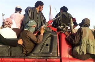 少女的復仇!目睹父母遭殺害 她持AK-47秒擊斃塔利班戰士