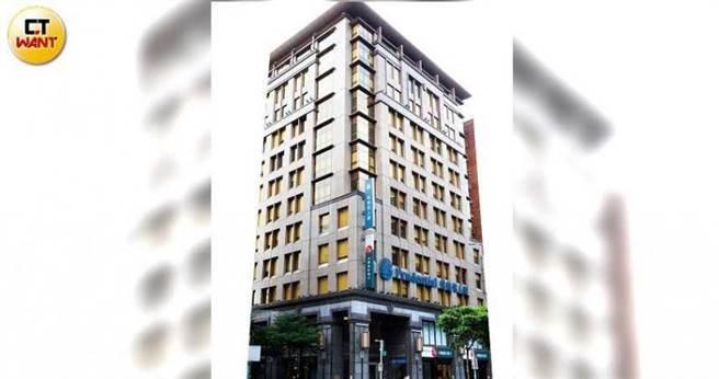 台灣保德信位於台北市南京東路,總部大樓市值上看60億元。(圖/黃威彬攝)