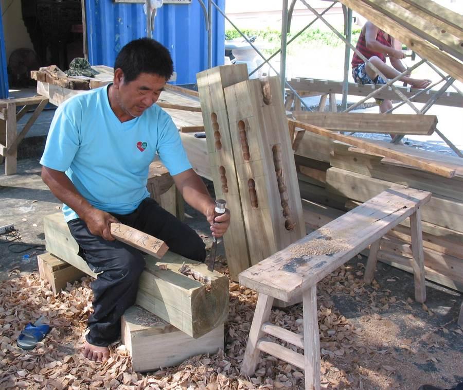 金門傳統建築修復工作,面臨專業匠師人才斷層問題。(李金生攝)