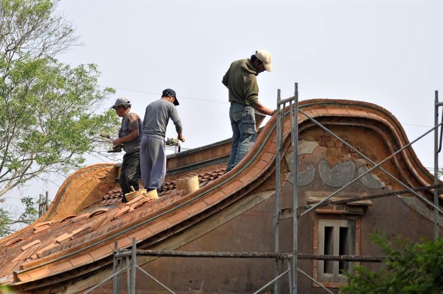 金門縣府補助修復傳統建築,迄今投入新台幣8億6000萬餘元,完成653棟。(李金生攝)