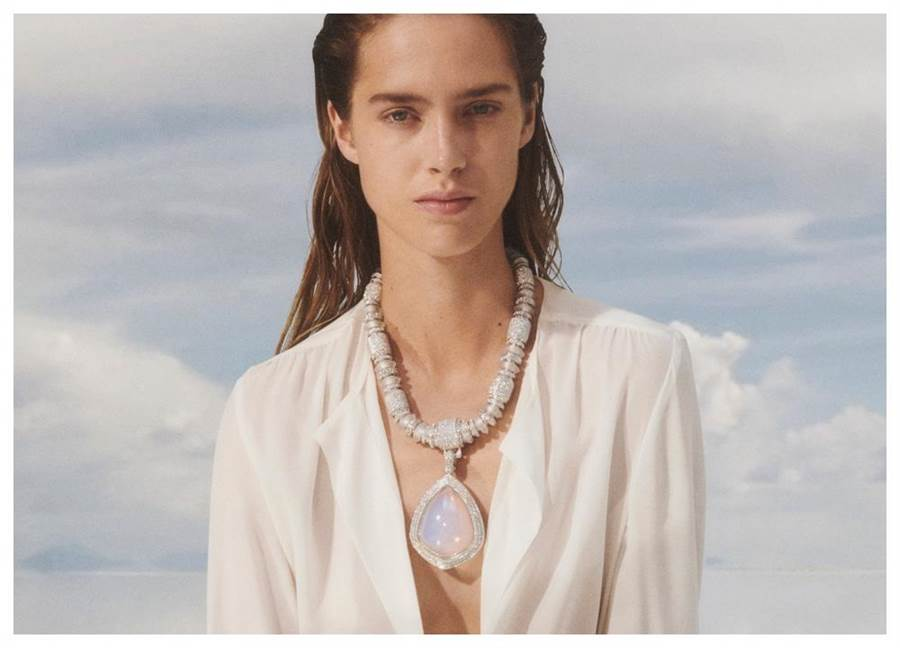 Boucheron前衛珠寶 把天上的雲 戴在身上
