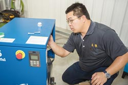 義騰無油磁懸浮變頻空壓機 乾淨環保
