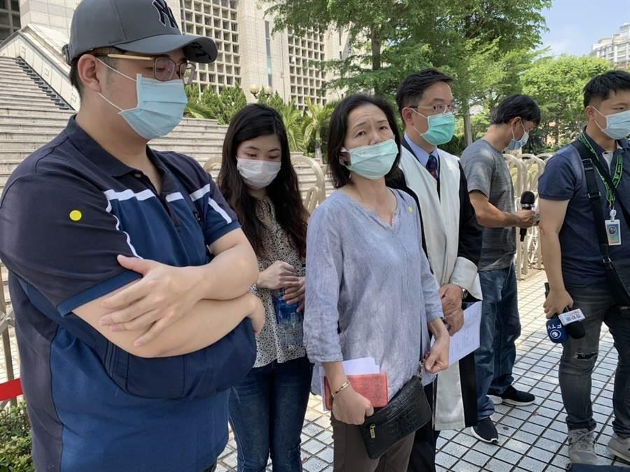 台中王姓牙醫師遭賴姓男子刺死,家屬無法接受無期徒刑判決