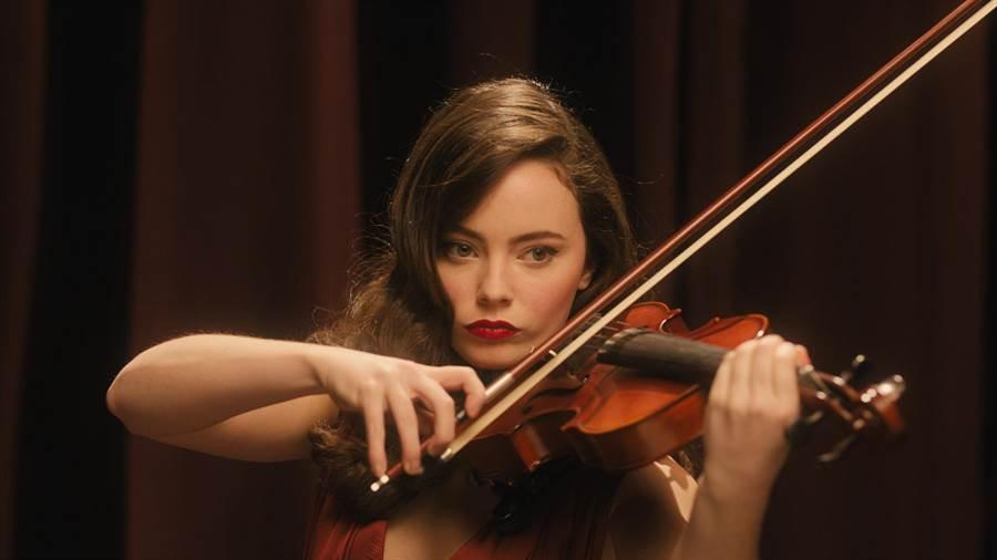 芙蕾雅在开拍前历经三个月的小提琴特训。(天马行空提供)