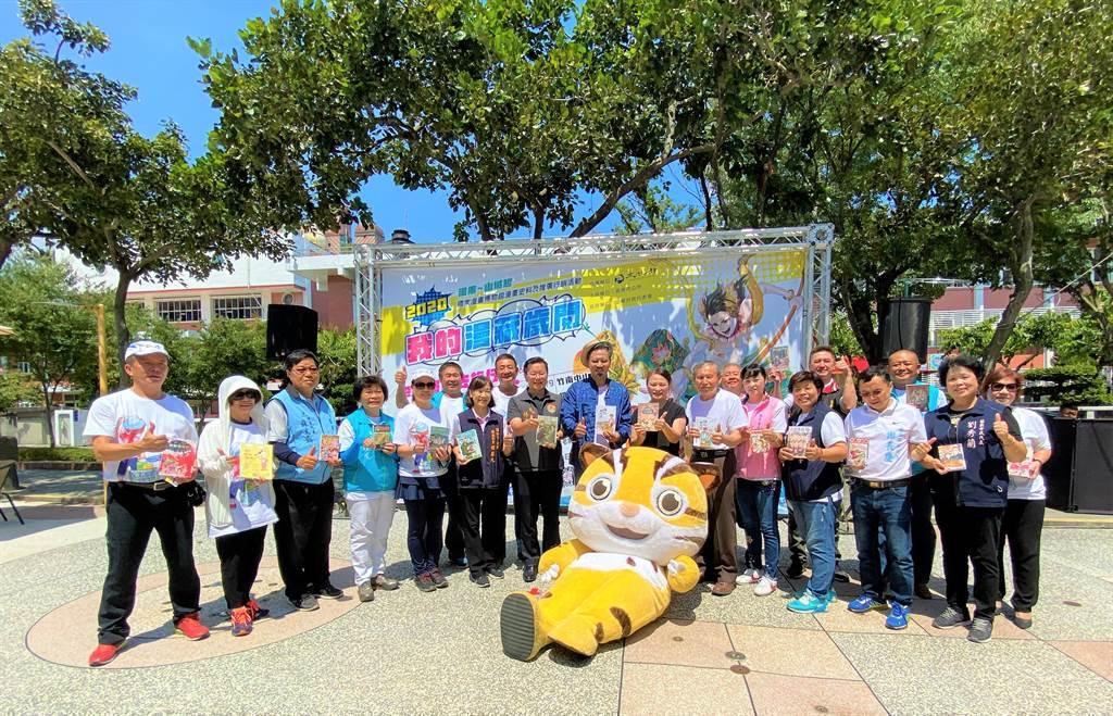 苗栗市公所推廣漫畫文化,7月24日起在苗栗、頭份、竹南舉辦共4場戶外書展,以及4場藝文沙龍講座,歡迎民眾參加。(巫靜婷攝)