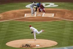 MLB》美國職棒開打!薛神投出復賽第一球