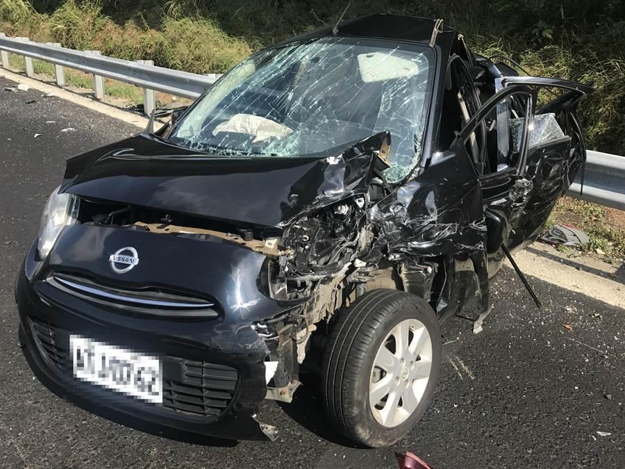 國道1北上23日下午3時發生6車追撞事故。(翻攝照片/賴彥竹新北傳真)