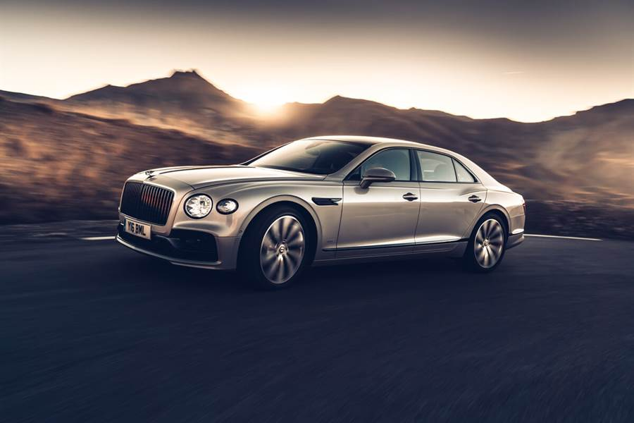 Bentley推出3D立體木紋飾板 提供新Flying Spur選配