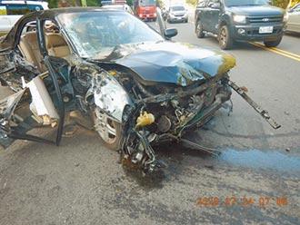 8旬翁開車自撞 73歲妻送命
