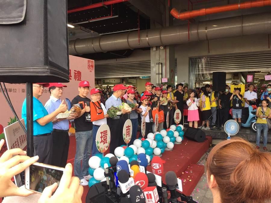 台北市長柯文哲25日出席環南市場開幕典禮。(張立勳攝)
