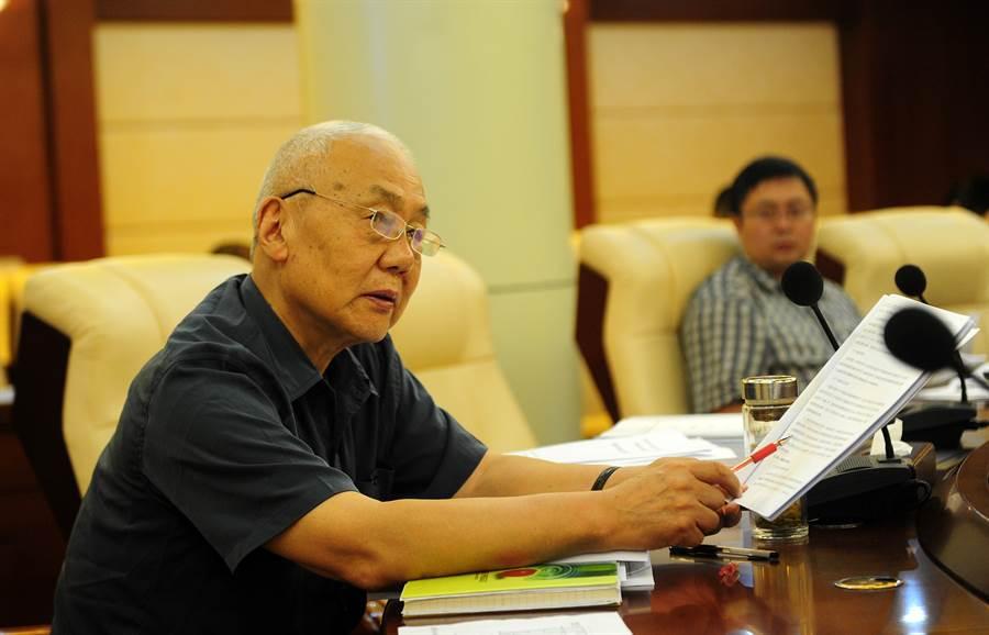 """中国水患接连之际 """"三峡大坝之父""""总工程师死了"""