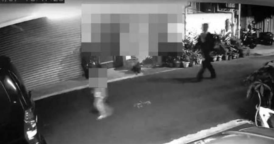一名遊覽車司機竟尾隨落單的6歲女童,趁機性侵得逞,惡行重大,法院判7 年8個月徒刑。(圖/翻攝畫面)