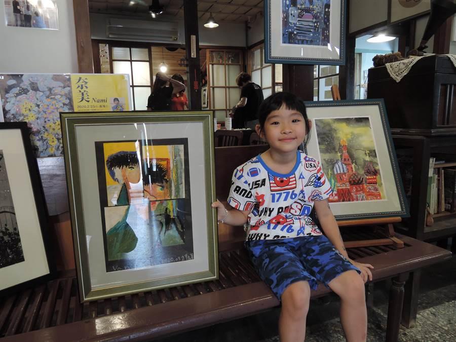 林奈美今年的生日願望是開畫展,媽媽程彩玲和清木屋一起協助她實現。(張毓翎攝)