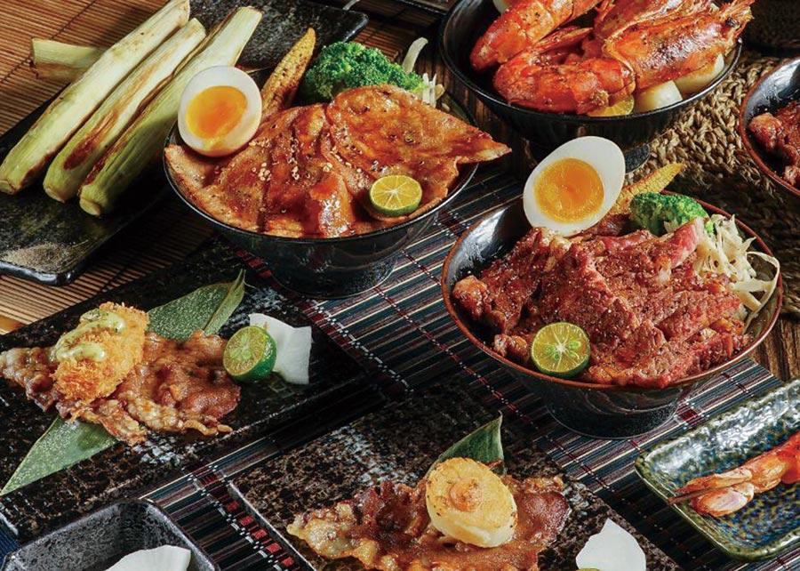大河屋台中大遠百店祭出丼飯、串燒等日本職人的鐵人料理,滿足消費者限定嘗鮮需求。圖/大河屋提供