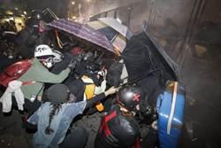 美國波特蘭與西雅圖再起抗爭 反對聯邦特警介入