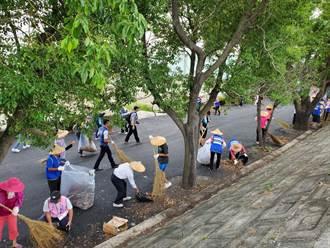雲禾大橋新地景 三社區發動淨溪打掃活動