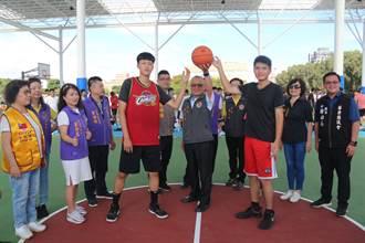 竹南運動公園風雨球場完工後首場比賽 選手勇奪佳績
