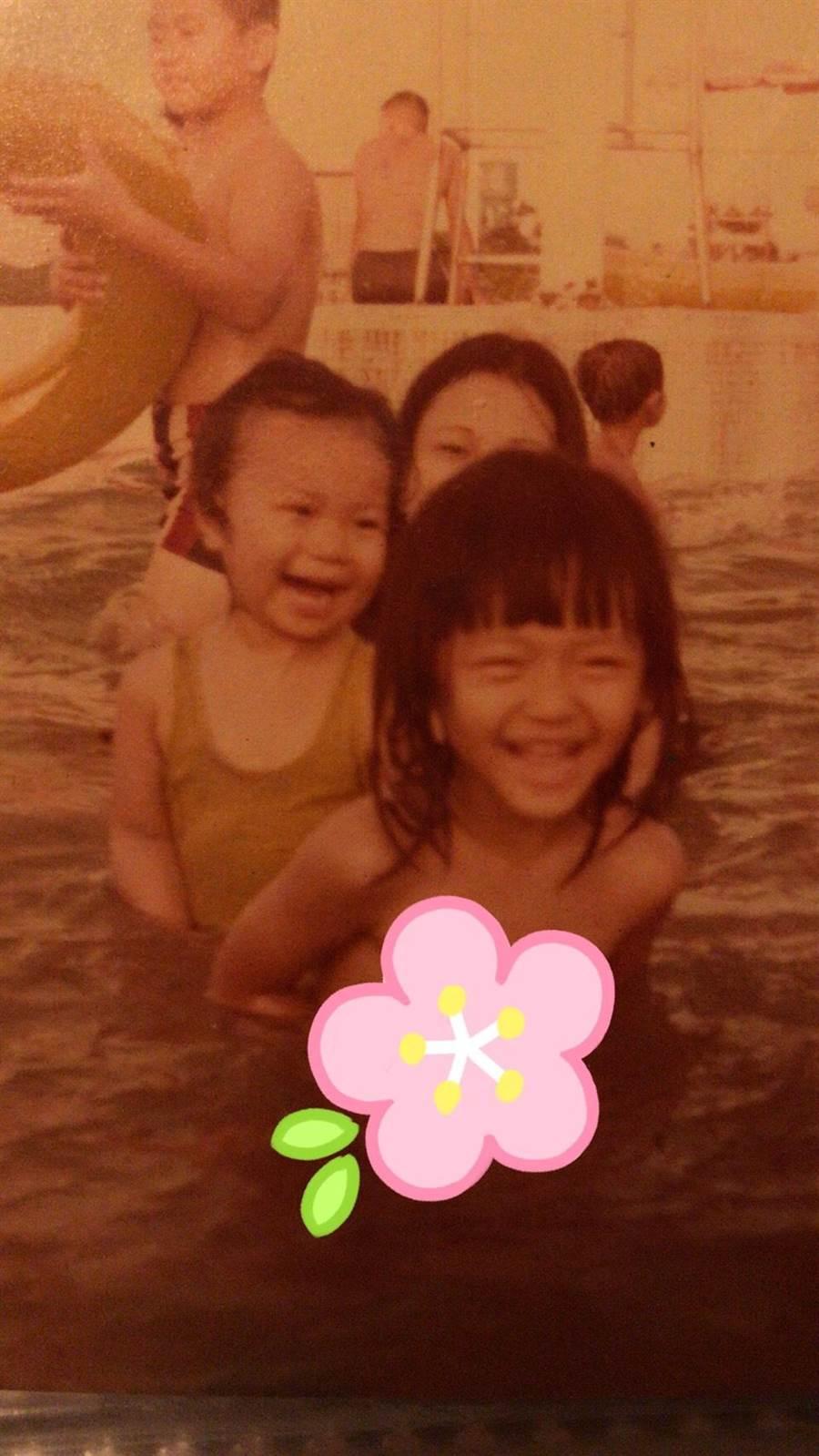 大S(前)與雅維.茉芮小時候常一起玩水。(新視紀整合行銷提供)