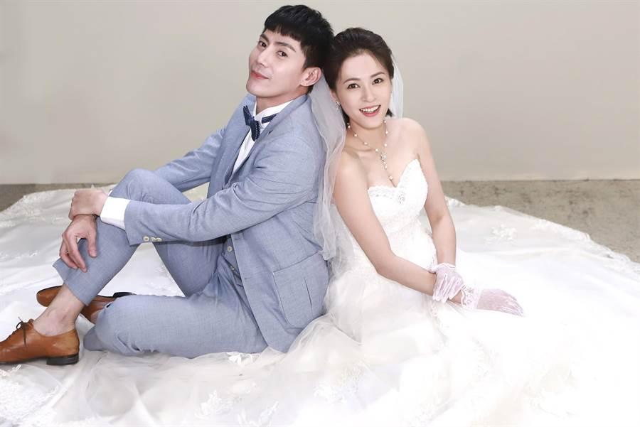 王凱、蘇晏霈劇中結婚。(民視提供)