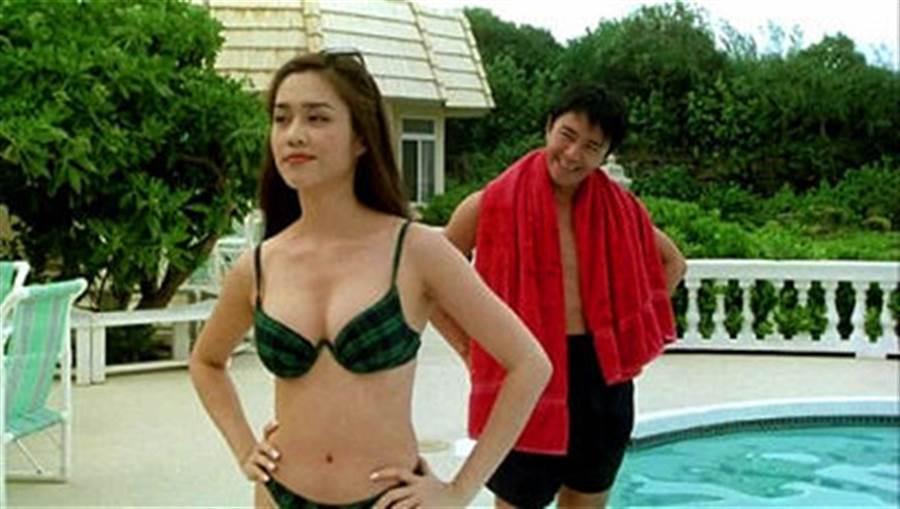 孫佳君第一部電影就是和周星馳合作,兩人曾傳緋聞。(圖/電影截圖)