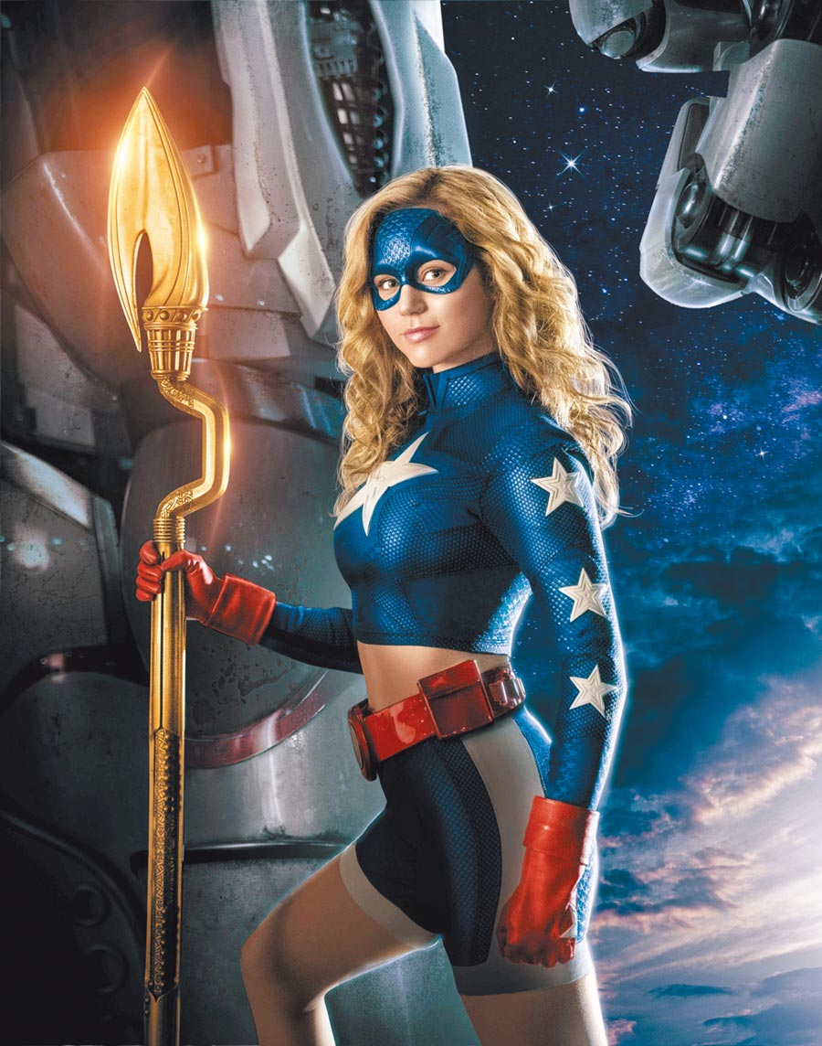 布蕾克貝辛格獨挑大梁,飾演超級英雄「逐星女」。(WarnerMedia提供)