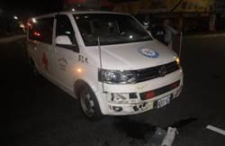 救護車闖紅燈計程車直撞 2人輕傷無礙