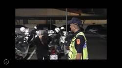 潮州酒醉男跳上警車比YA還自PO網 醒後遭依妨害公務送辦
