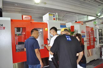 立隆機械參加台南機械展 迎買氣