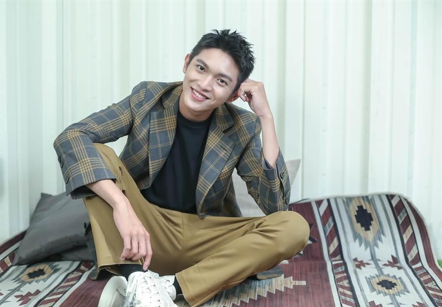 林輝瑝飾演在校人氣超高的男同學。(粘耿豪攝)