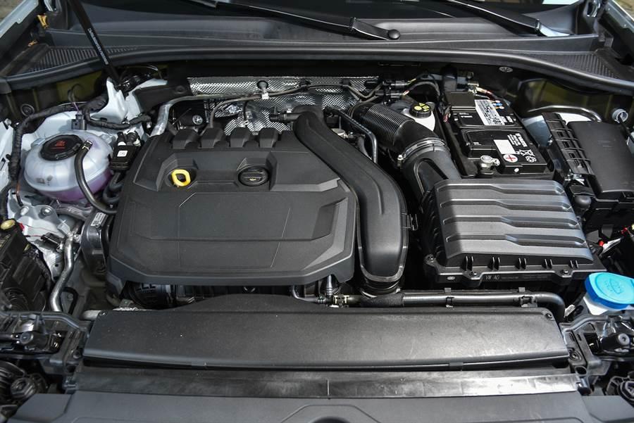 一種帥氣、二種詮釋 2020 Audi Q3 40TFSI Quattro /Q3 Sportback 35TFSI