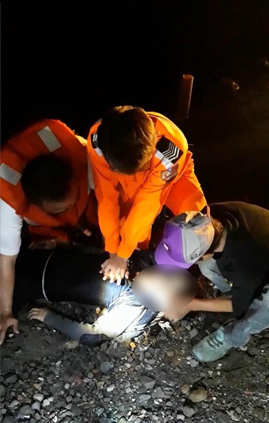 2017年葉姓女子也曾到芳苑輕生,救上岸時搶救10多分鐘才恢復呼吸心跳。(資料照)