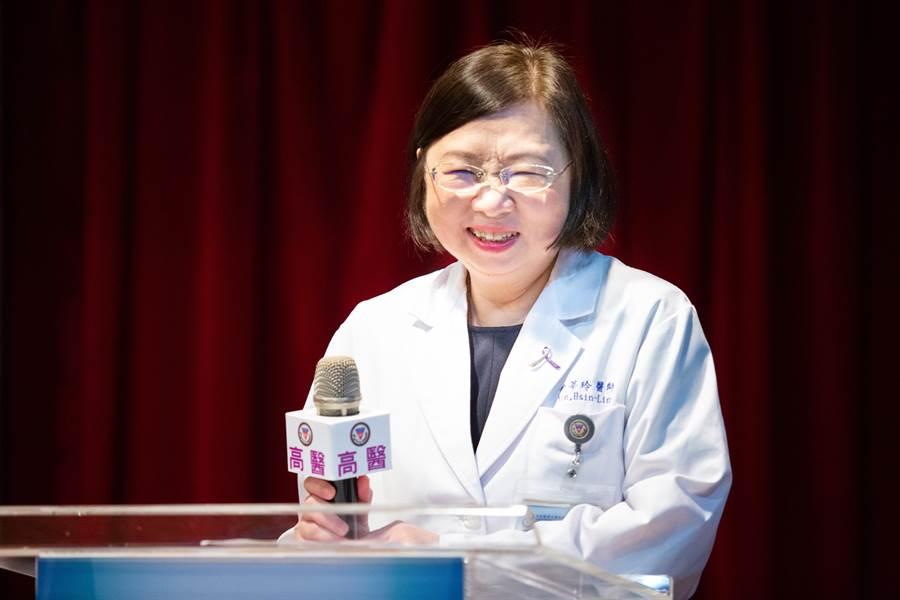 台版「法醫女王」、高醫病理科主任尹莘玲致力於提攜年輕法醫人才。(袁庭堯攝)
