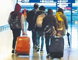 學者籲入境普篩 全民戴口罩