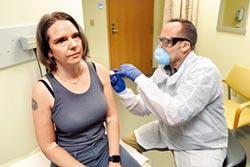 新冠疫苗最後測試 美3萬人接種