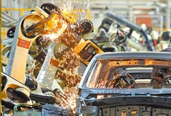 陸工業利潤回正軌 6月年增11.5%