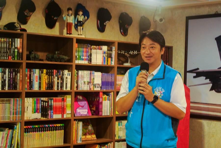 花蓮市長魏嘉賢表示,推動全民閱讀是市立圖書館努力的方向,並藉多樣閱讀方式,讓圖書發揮最大效益。(羅亦晽攝)