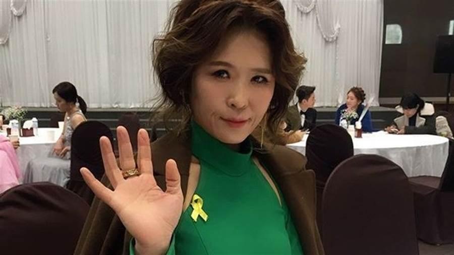 49歲《鬼怪》黃石正「體脂率4.1%」穿比基尼曬驚人身材(圖/IG@seogjeonghwang)