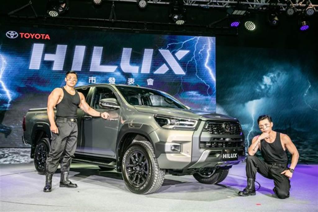 全新HILUX外觀內裝全面進化,打造更結實有力的車身線條,充滿越野氣息