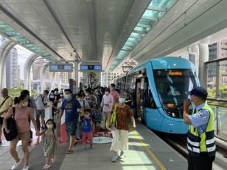 民眾投訴淡海輕軌車廂悶熱 市議員鄭宇恩促改善