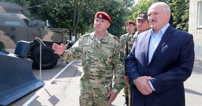 白俄羅斯總統魯卡申柯自爆曾感染新冠肺炎。(圖/達志/美聯社)
