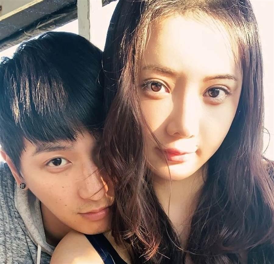 楊奇煜今日宣布與護理師女友閃婚。(取自楊奇煜臉書)