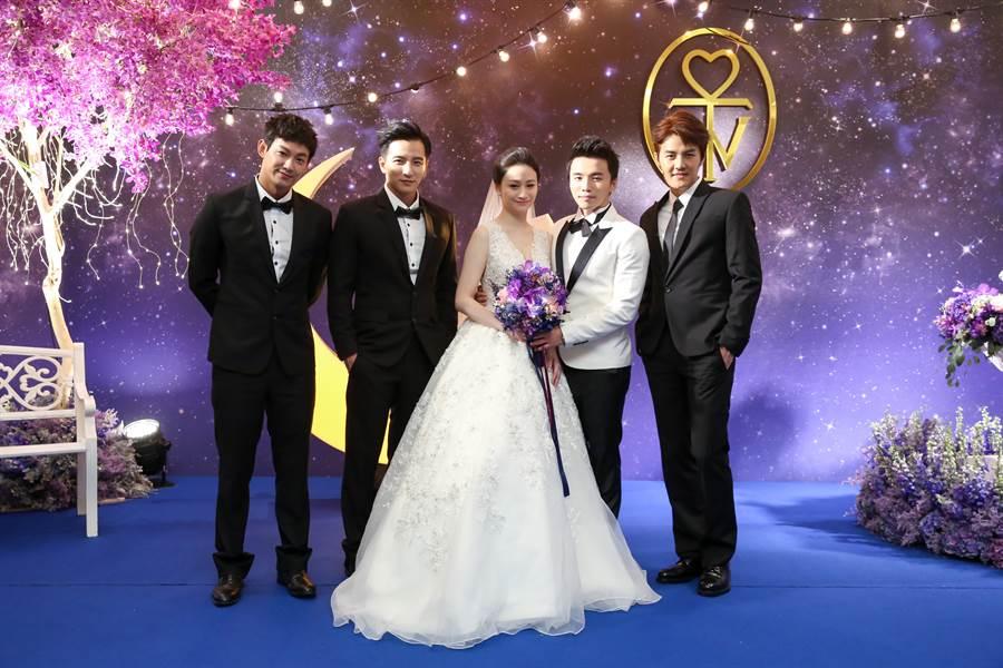 當年阿緯結婚,小煜也是伴郎之一。(本報系資料照)