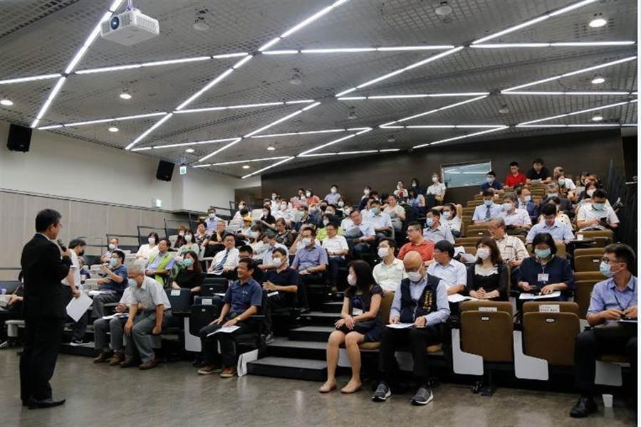 中科管理局長許茂新歡迎廠商踴躍投資進駐中興園區。圖/中科提供