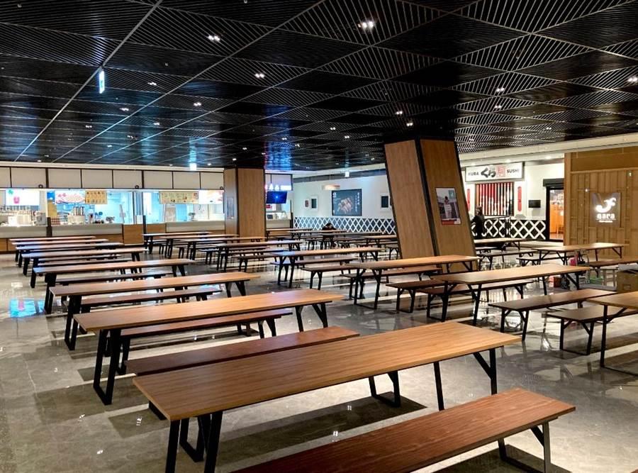 宏匯廣場7樓美食街有660個座位,空間寬敞舒適。(宏匯廣場提供)