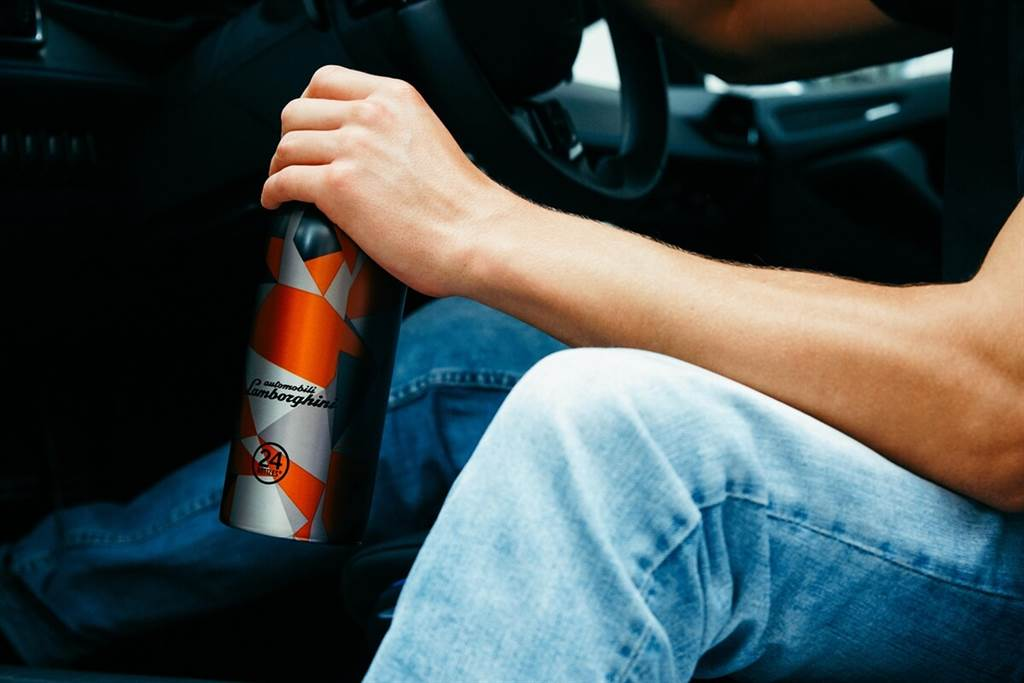 獨特高質感保溫瓶,來自24Bottles和Automobili Lamborghini的共同創作