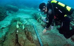 海底直擊》海軍水下作業大隊引爆卯澳13顆未爆彈 畫面驚險壯觀