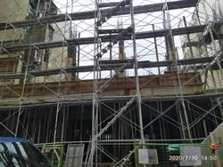 恐怖!台南東區工地傳意外 鋼筋穿工程師頸部