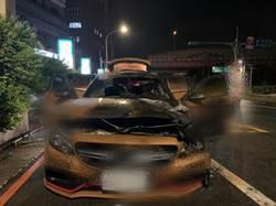賓士跑車突燃燒陷火海 幸無人員受傷