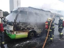 國道1北上驚見火燒車 嚴重回堵5公里