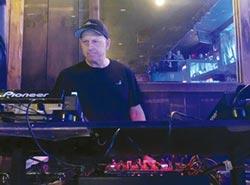 高盛CEO兼差DJ…惹惱紐約州長